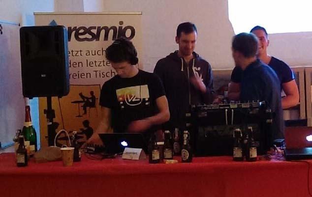 Resmio-Party