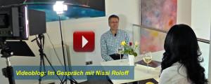 Video: Im Gespräch mit Nissi Roloff (Nissis Kunstkantine, Hamburg Hafencity)