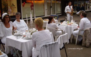 Weißes Dinner Neugraben