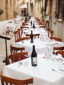 Restaurant-Außenbereich-Gestaltung