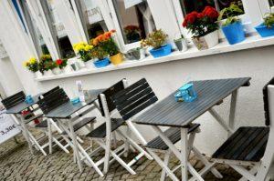 street-cafe-533737_1920