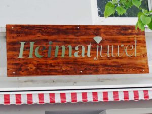 Heimatjuwel-Schild