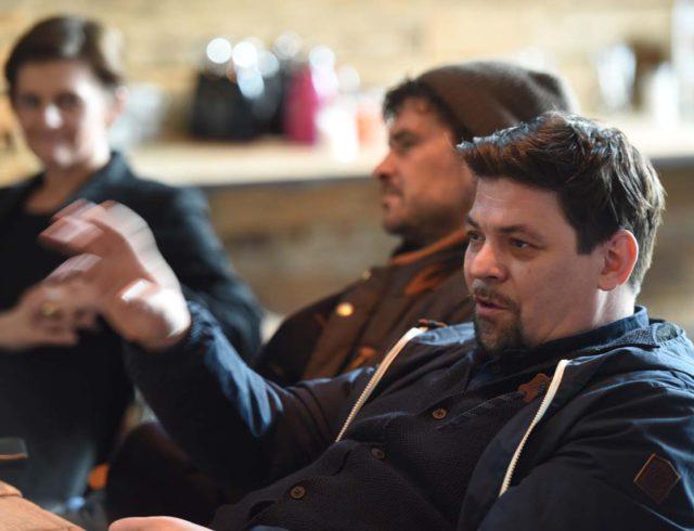 Tim Mälzer bei Jurysitzung Gastro Startup