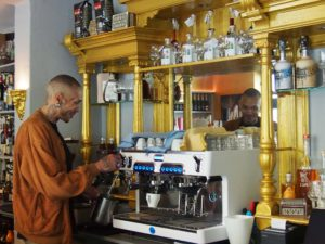 Schluck&Happen Bar