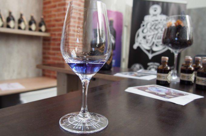 Illusionist pur - blaue Farbe