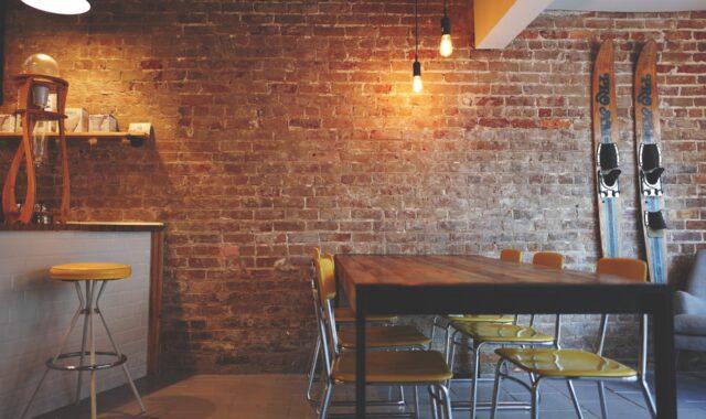 Beleuchtungskonzept: einfaches Bistro